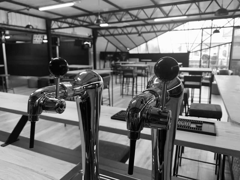 VRoom salle réalité virtuelle à Chauny dans l'Aisne - Bar Lounge